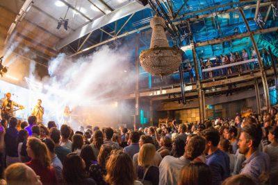 Perserij - Feest - Band - Kroonluchter - Tips eventmanagers - Dutch Venue Association