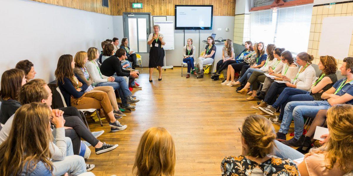 Unconference - cirkel - DeFabrique - bezoeker bepaalt - Onconferentie nederland - Onconferentie locatie