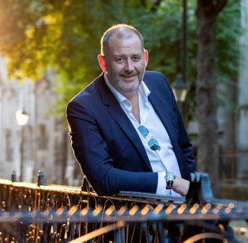 Marc Pos (Mede-initiatiefnemer en producent/regisseur)